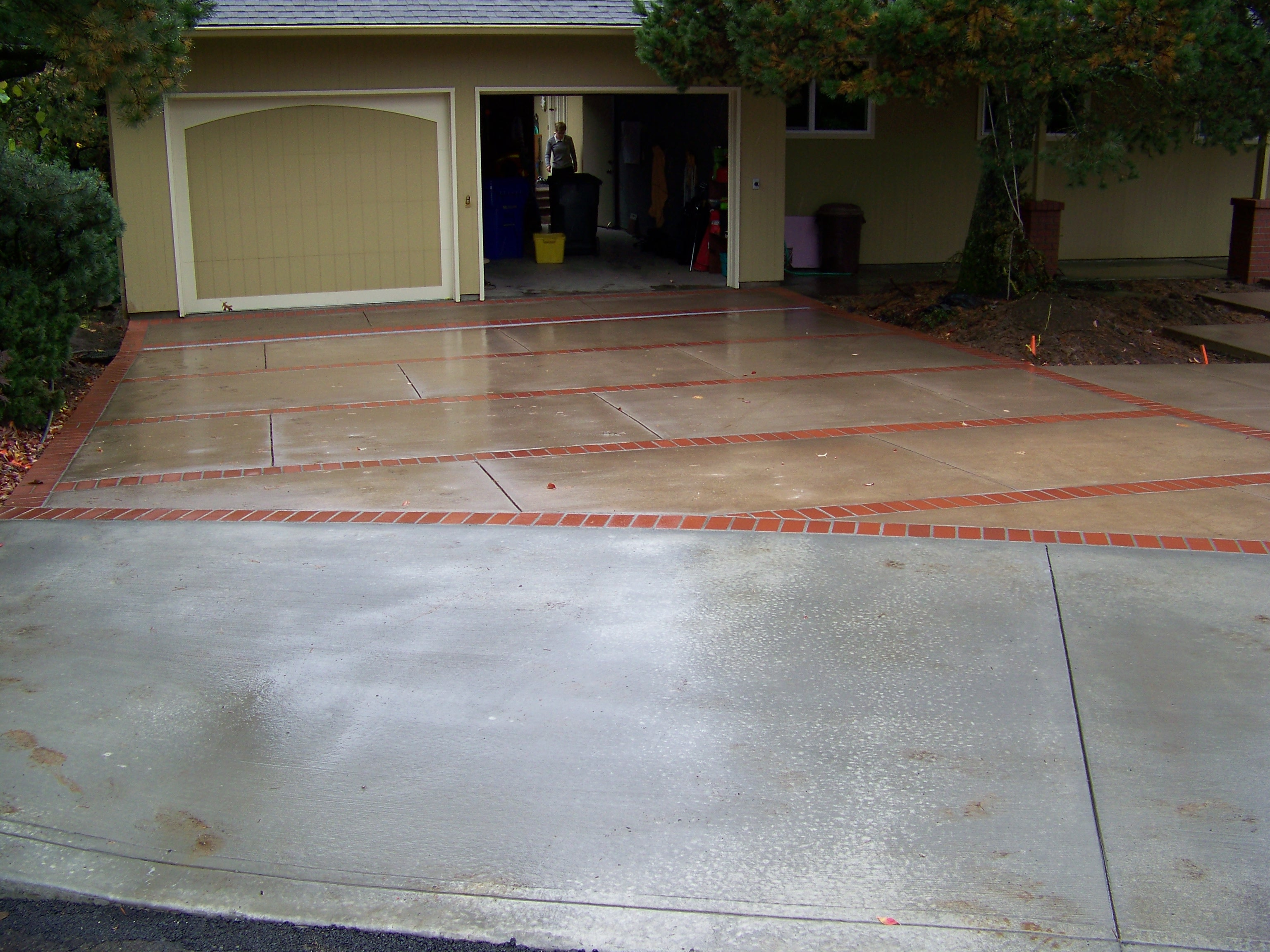 Superieur We Install Concrete Driveway Concrete Driveways  ,sidewalks,walkways,Concrete And Brick Patio Combinations / Driveway Repair  Or Replacement / Colored ...